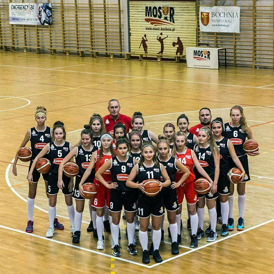Wygrana juniorek MOSiR Bochnia w Tarnowie!