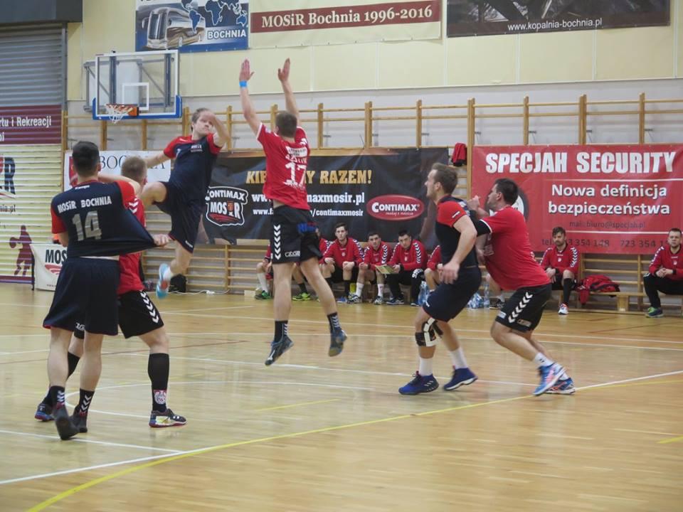 Fatalna druga połowa, MOSiR Bochnia – AZS UJK Kielce 28:31 (15:15) / II liga piłki ręcznej mężczyzn