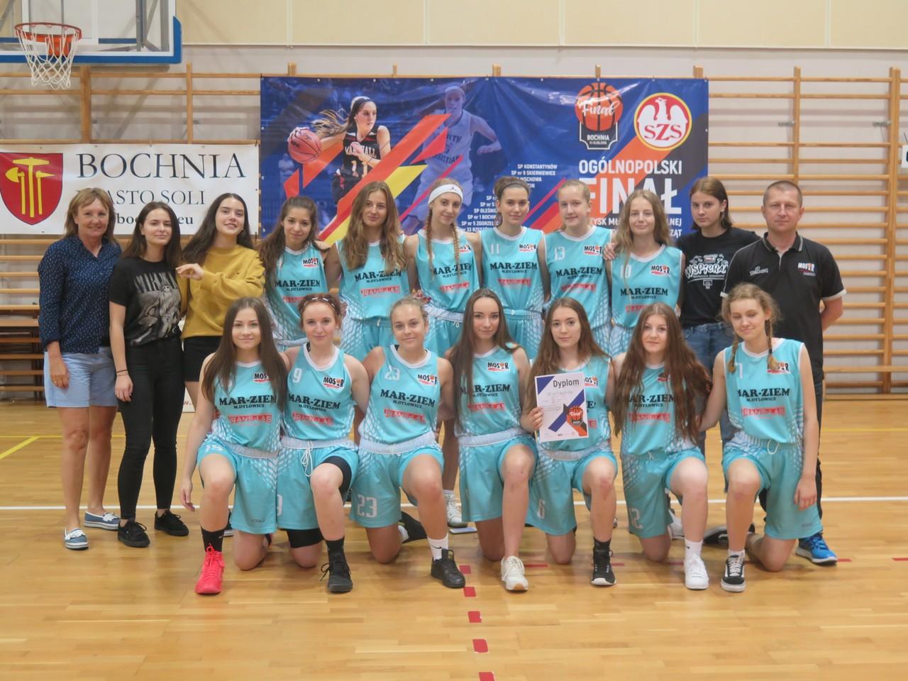 Wspaniała postawa bochnianek na Ogólnopolskim Finale Igrzysk Młodzieży Szkolnej w Koszykówce Dziewcząt