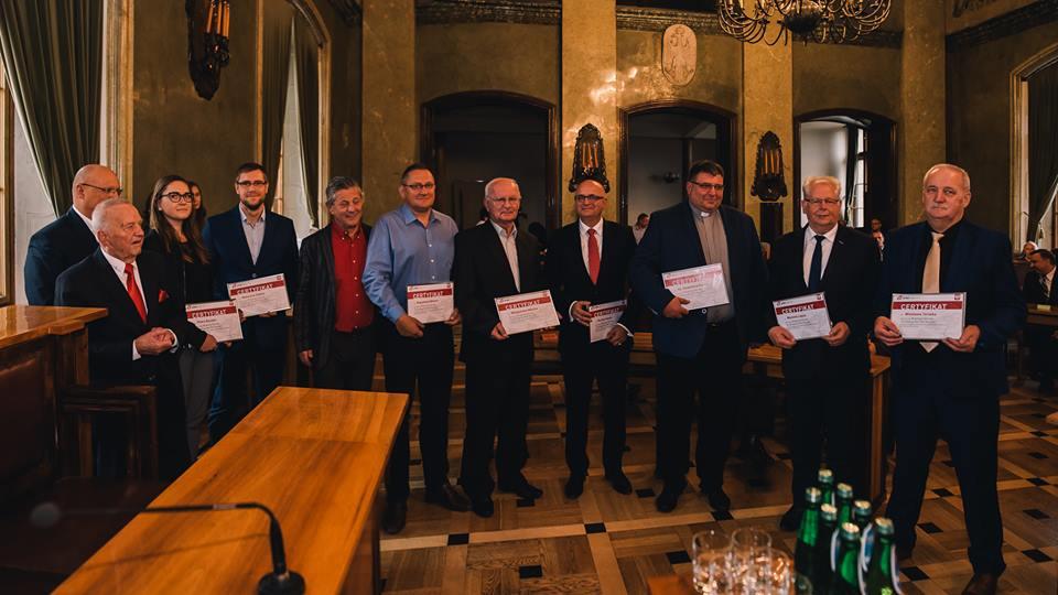 Wyróżnieni bochnianie na Jubileuszu 90-lecia Małopolskiego Związku Piłki Ręcznej w Krakowie