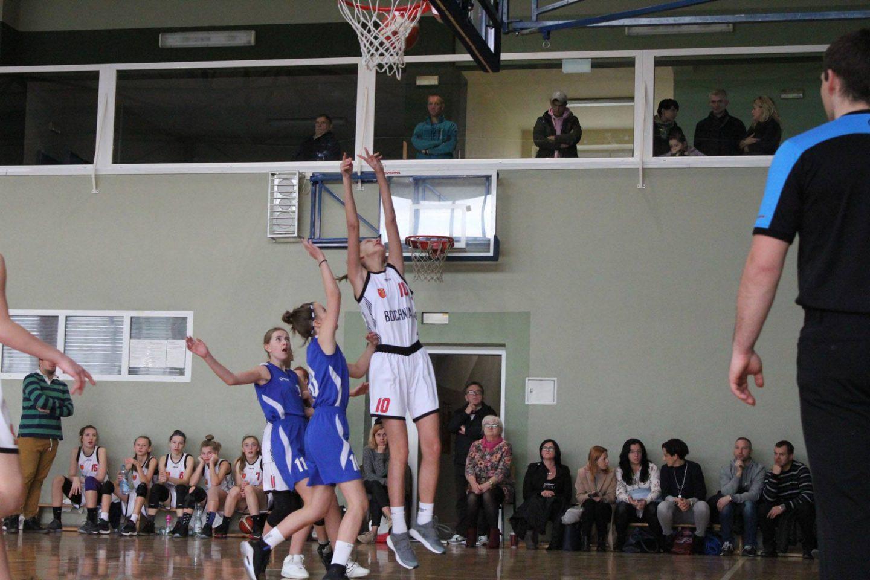 Młodziczki MOSiR Bochnia rozpoczęły sezon wysoką wygraną!