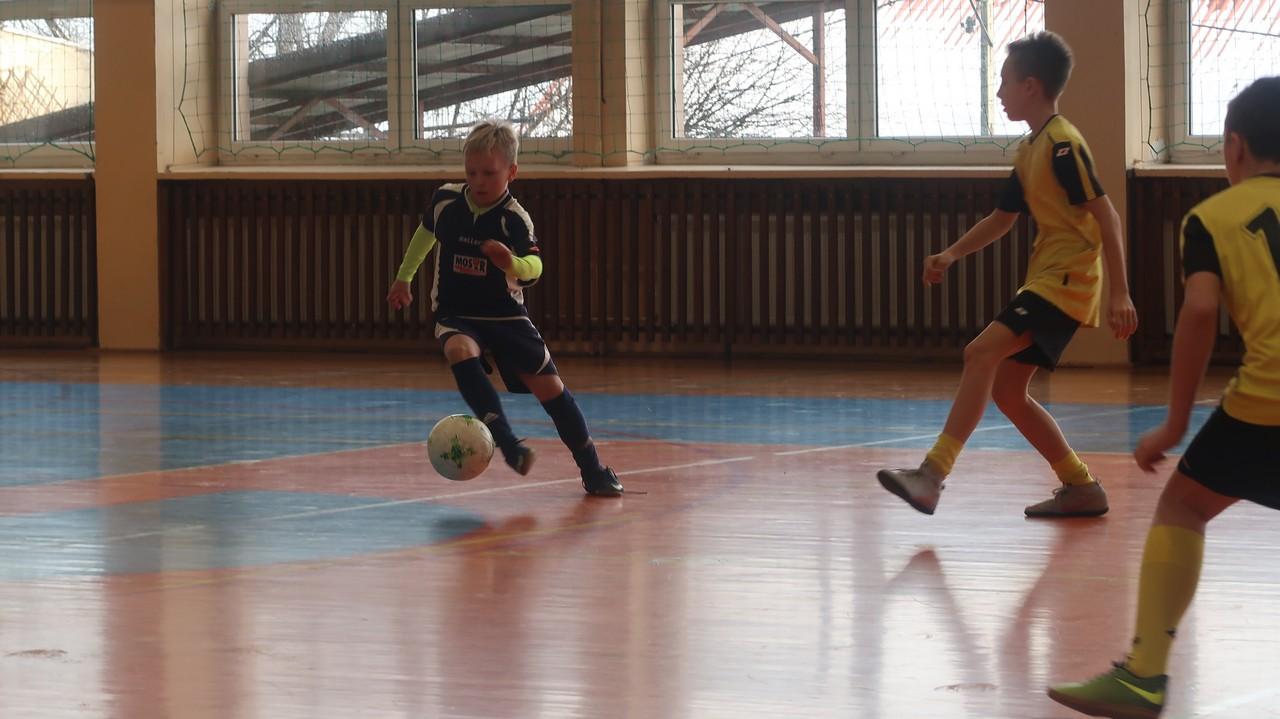 Trzy zespoły MOSiR Bochnia awansowały do finału Ligi Halowej Młodzików!