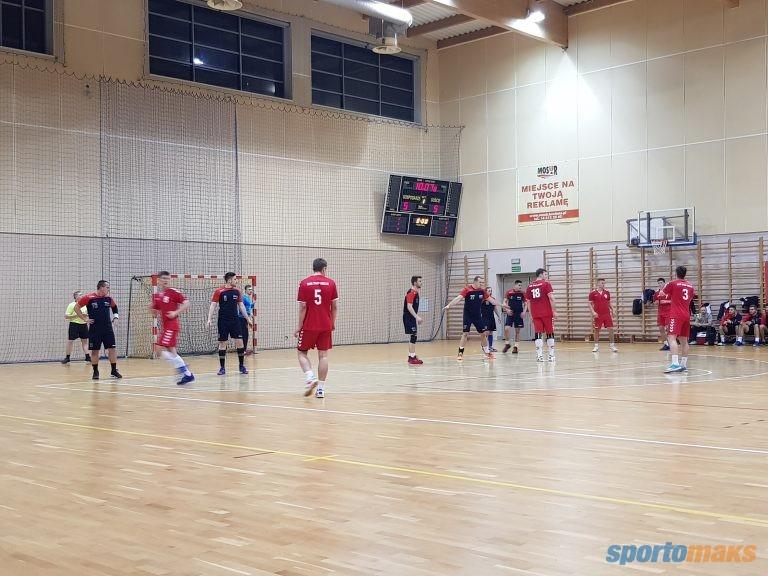 MOSiR Bochnia – NLO SMS ZPRP Kielce 30:27 / II liga piłki ręcznej