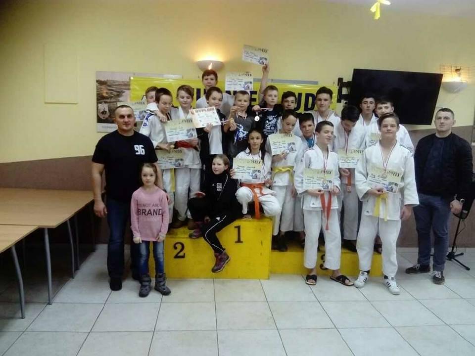 12 złotych, 4 srebrne i 2 brązowe medale na Turnieju Towarzyskim Judo w Sosnowcu!