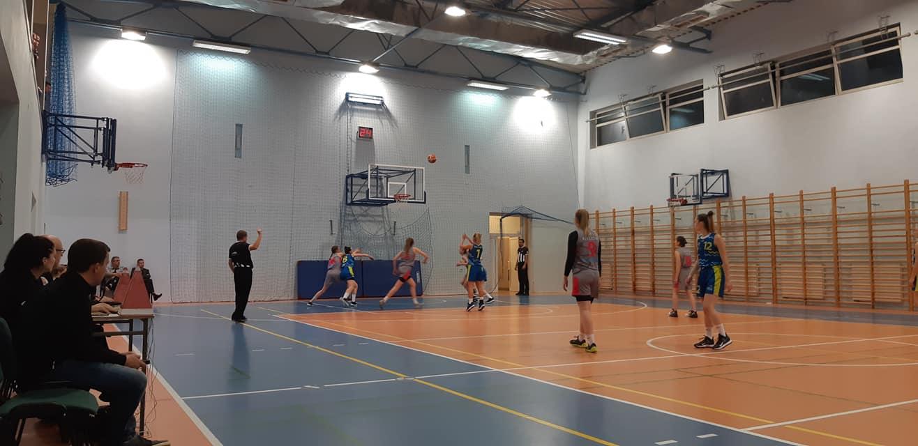 Wygrana w Rzeszowie i kolejny, rozstrzygający mecz w sobotę! / II liga koszykówki kobiet