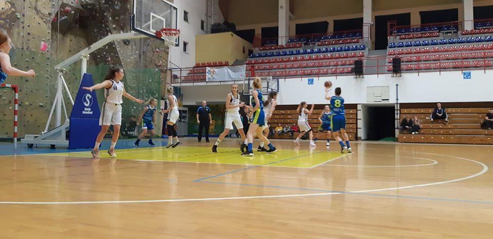 Wysoka wygrana Contimax MOSiR Bochnia w Nowym Sączu / II liga kobiet