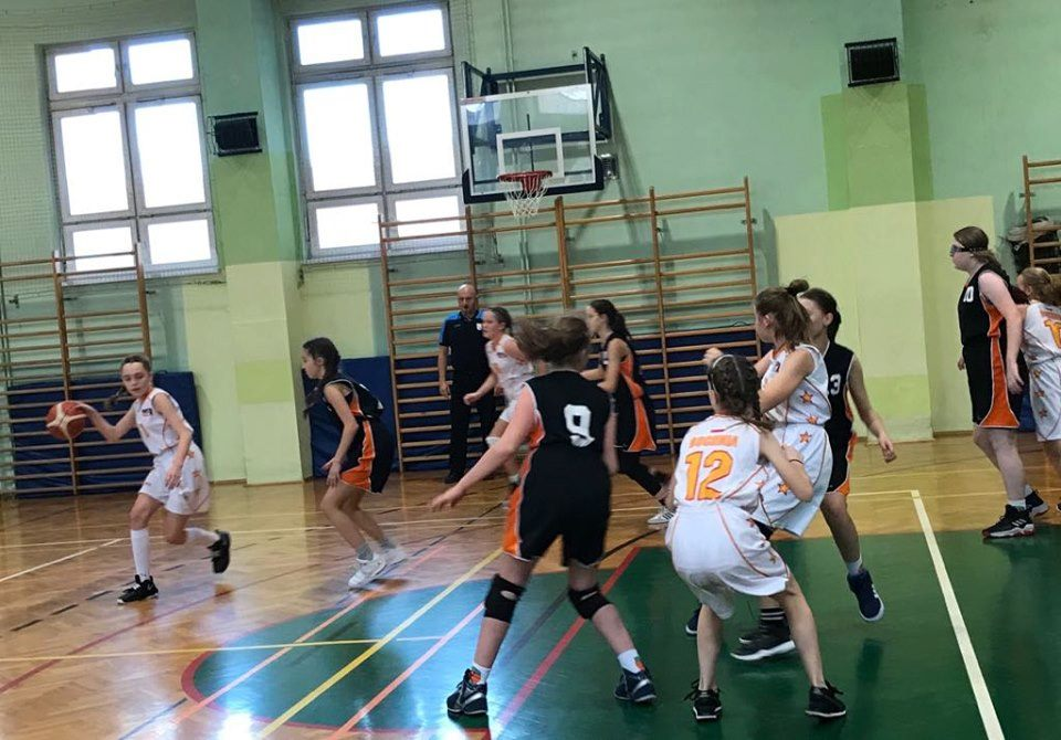 Inauguracja małopolskiej ligi koszykówki dziewcząt – relacja