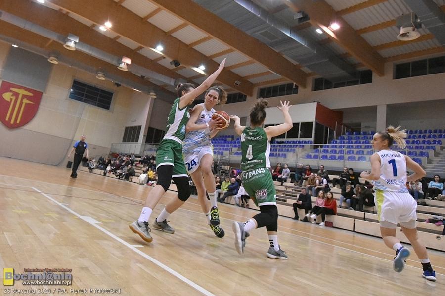 Zwycięstwo Contimax MOSiR Bochnia na rozpoczęciu finału A / 2 liga koszykówki kobiet