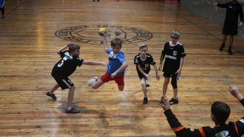 IV Noworoczny Turniej Piłki Ręcznej Dzieci w Kopalni Soli Bochnia – relacja