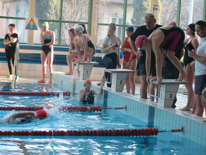Zawody Powiatowe w Pływaniu – wyniki Licealiada