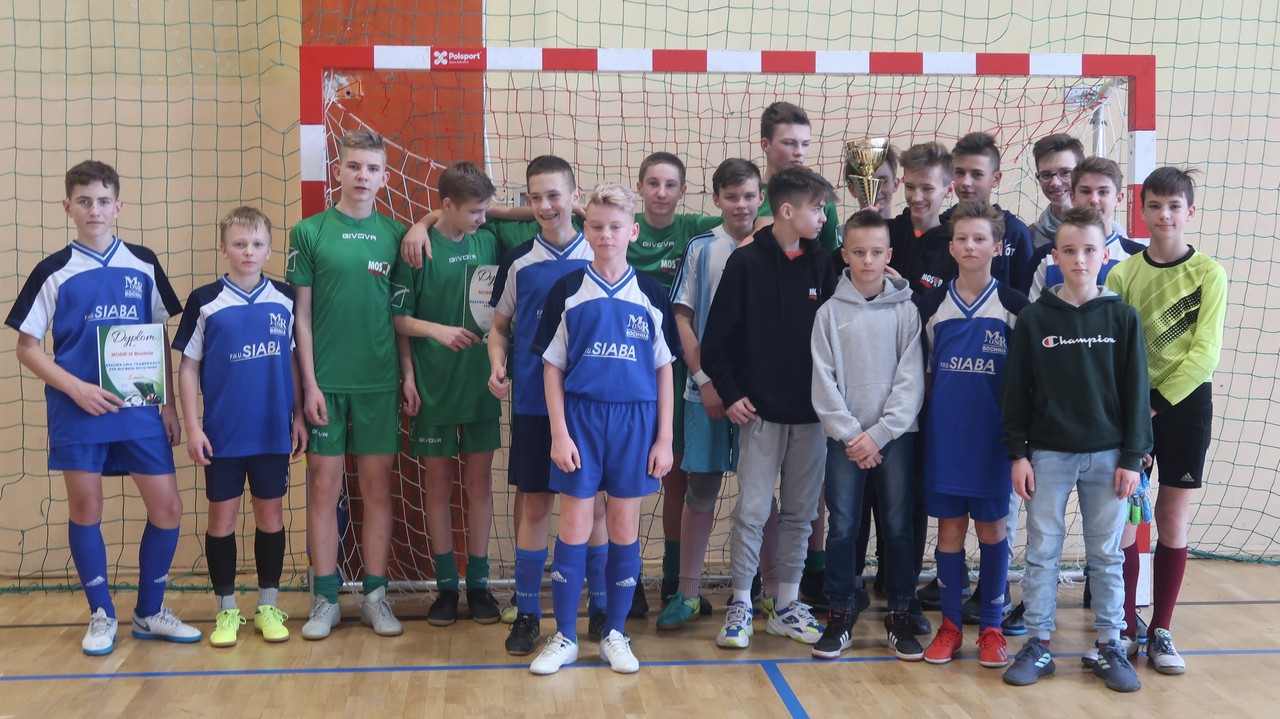 Awans zespołów MOSiR Bochnia do finałów Halowej Piłki Nożnej w Tarnowie!