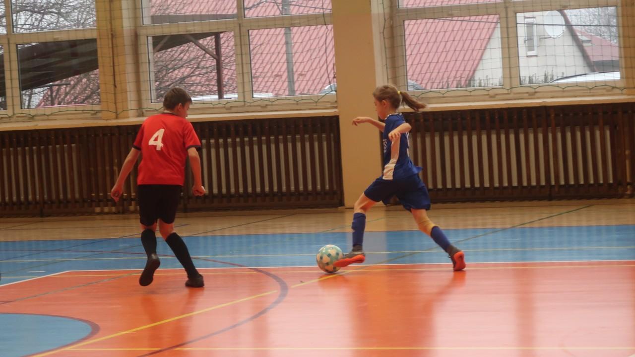 Drużyna MOSiR I Bochnia awansowała do finałów Halowej Piłki Nożnej Młodzików!