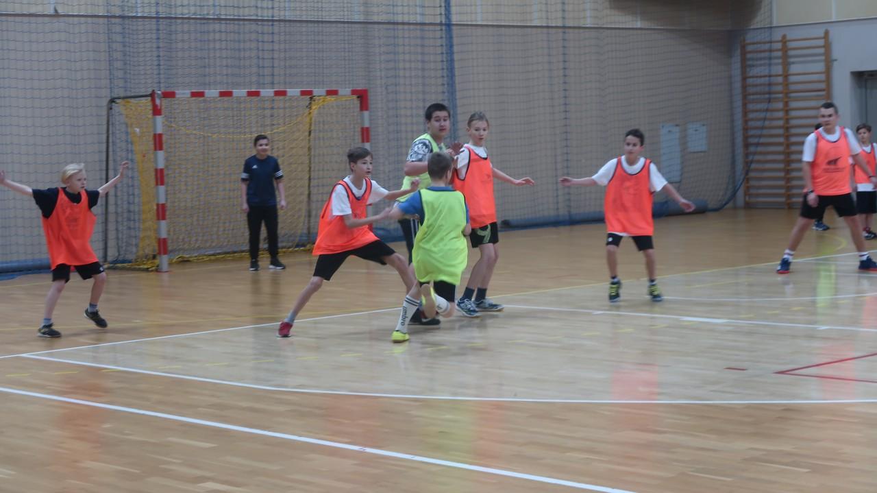 Ferie z MOSiR Bochnia – piłka ręczna:-)