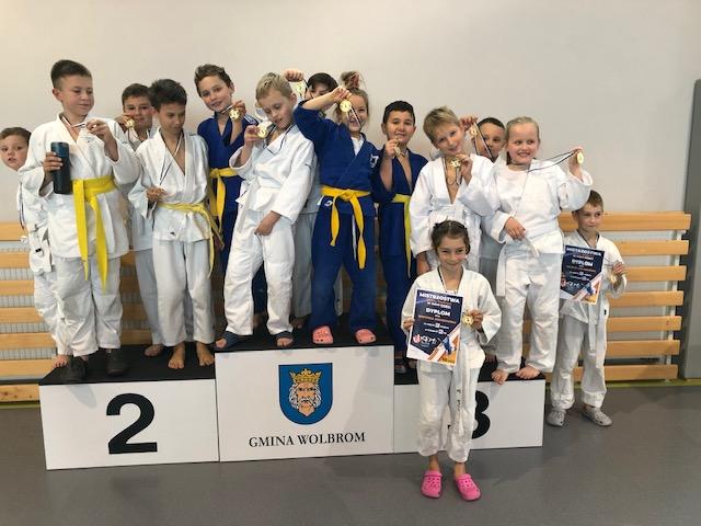 19 medali MOSiR Bochnia na Mistrzostwach Miasta Wolbrom w Judo Dzieci!