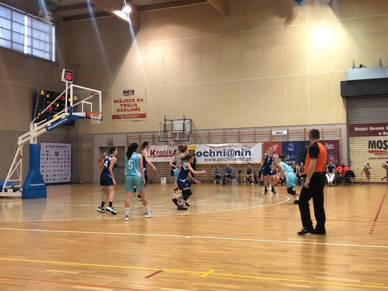 Przegrana po dogrywce. MOSiR Bochnia – SKF Jura Basket Zabierzów 57:59 / 2 Liga Koszykówki Kobiet
