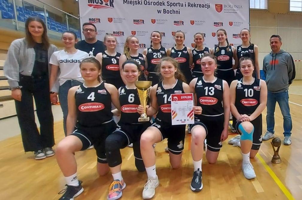 Awans MOSiR do półfinałów MMP U17K!